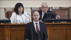 БСП иска очна ставка на министрите Каракачанов и Караниколов с Цвета Караянчева за СУ-25
