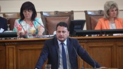 Иван Ченчев, БСП: Правителството работи на парче и постоянно гаси пожари - това не е нормално управление