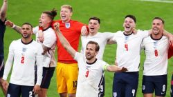 Англия сломи Дания за първи финал на Европейско първенство