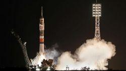 Трима астронавти кацнаха на МКС