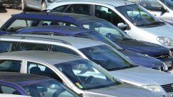 Евростат: В България се купуват основно стари коли