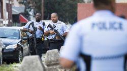 Стрелец рани шестима във Филаделфия