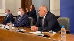 Борисов прекъсна брифинга на НОЩ, за да произнесе дълъг монолог по адрес на президента Румен Радев