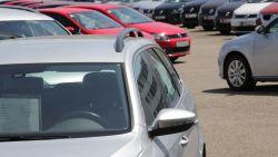 Букурещ затваря центъра си за стари автомобили