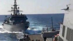 На косъм от сблъсък между американски и руски военни кораби в Арабско море