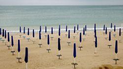 В разгара на лятото, туризмът на Черноморието е пред провал