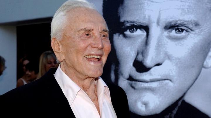 Кино легендата Кърк Дъглас почина на 103 години