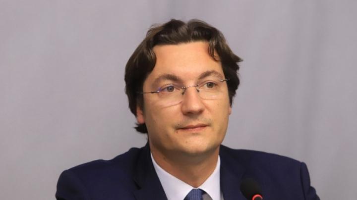 Крум Зарков: Изминаха 10 години на възможности, в които неравенствата и бедността в България се задълбочаваха