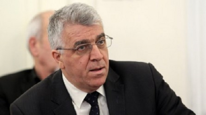 Румен Гечев: Единствената опция на Борисов е оставка и нови избори
