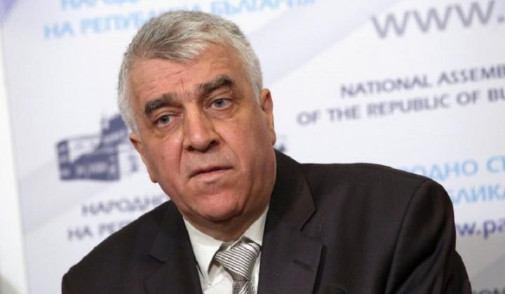 Проф. Румен Гечев подкрепя Корнелия Нинова за председател на БСП