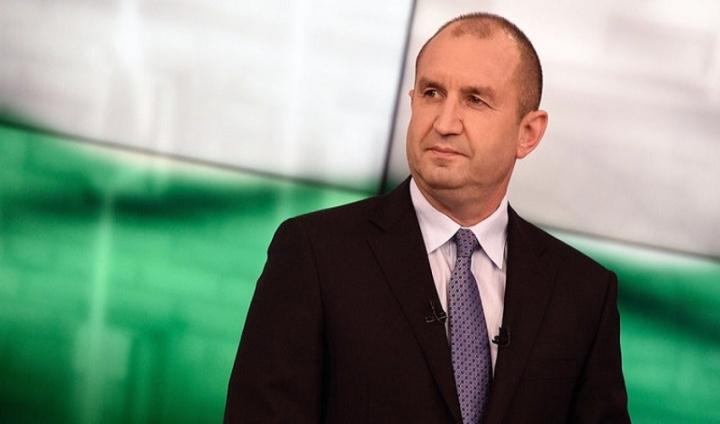 Президентът: Очаквам правителството да отстоява позицията си към Скопие