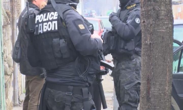 Акция срещу полицаи в Казанлък