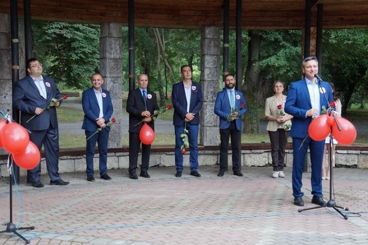 Вигенин на откриването на кампанията в Ямбол: Мъдростта на Ямбол ще бъде пренесена и на национално ниво за победа