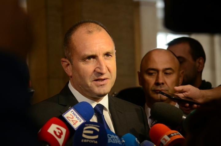 Радев наложи вето на отвореното финансиране на партиите