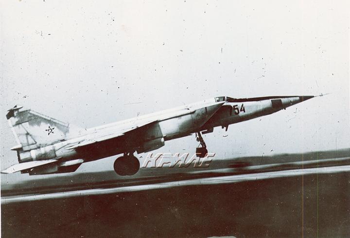 8 декември 1982 - Първи полет на МИГ-25 над България, разказ на българския пилот, извършил полета