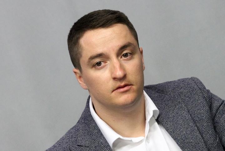 Явор Божанков: Този парламент е изчерпан, няма легитимност и не трябва да продължава да работи