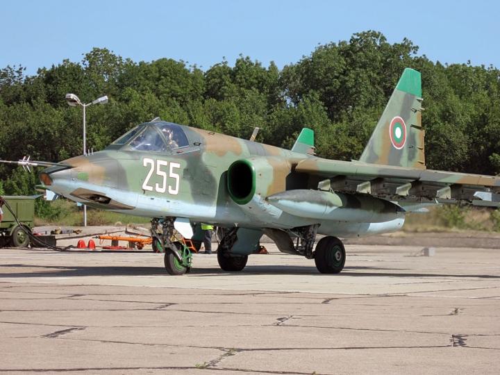 СУ-25 ще бъдат ремонтирани от руски специалисти