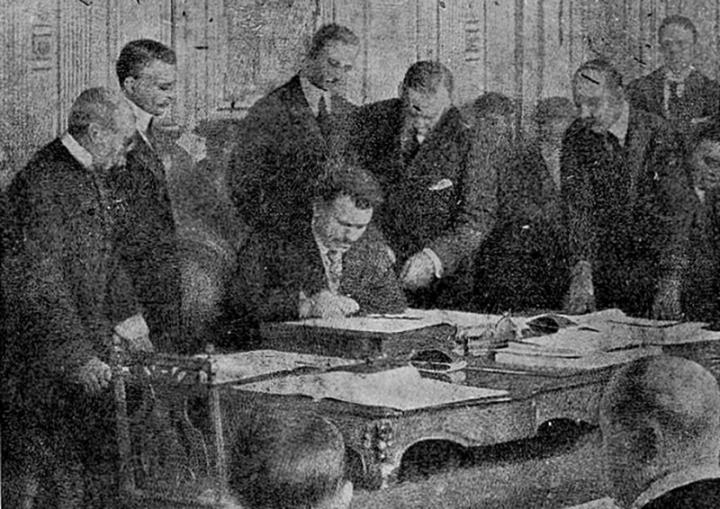 На 27 ноември 1919 година се подписва един от най-пагубните договори в цялата българска история, а именно – Ньойският договор