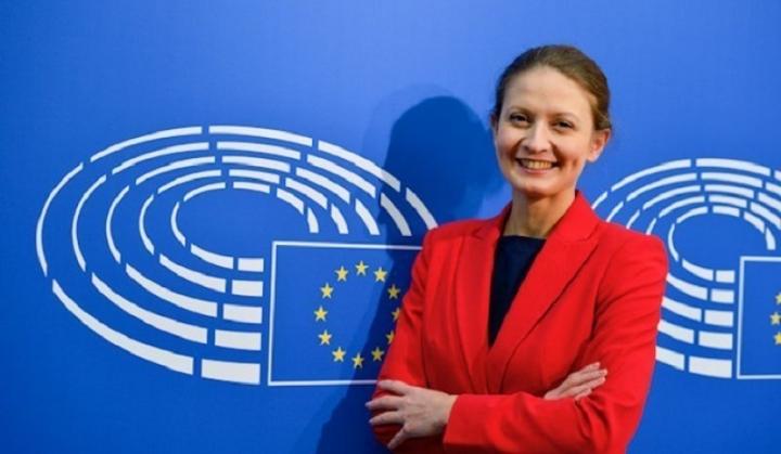 Цветелина Пенкова: 2023 г. е реалистична дата за влизане на България в еврозоната