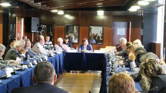 Корнелия Нинова: Да започват да отговарят онези, които 11 години управляват България /ВИДЕО/