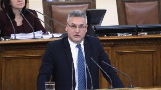 Валери Жаблянов към управляващите: Искате да управлявате с укази и декрети