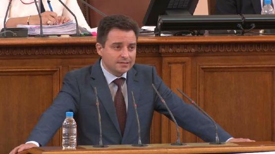 Димитър Данчев: Действията на Борисов са не да поправи своите грешки, а да оцелее на всяка цена /ВИДЕО/