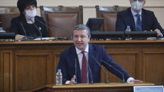 Драгомир Стойнев: Грешно разбран проблем води и до грешна политика /ВИДЕО/