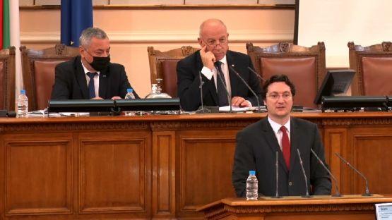 Крум Зарков: 51% от българите смятат, че корупцията у нас се е увеличила - затова мониторинговият механизъм още не е отменен