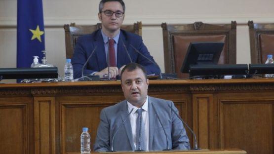 Иван Иванов към Емил Димитров: Дали инвестиционните проекти на министерството са прозрачни, или и те ще станат печално известни