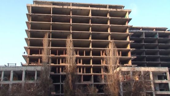 Граждани настояват държавата да спре изграждането на новата детска болница върху стар строеж
