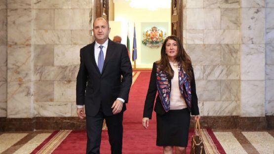 Президентът Румен Радев се срещна с посланика на САЩ у нас Херо Мустафа