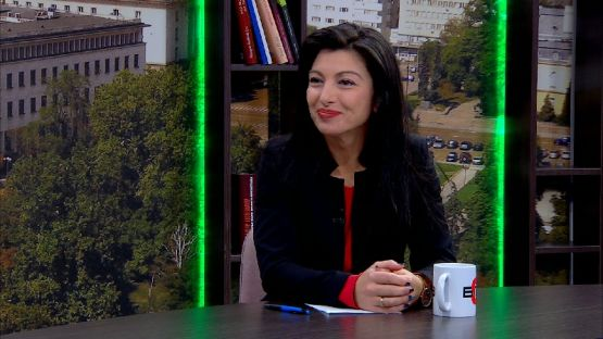 """""""България се събужда"""" (13.12.2019), гост: Надя Клисурска, народен представител от """"БСП за България"""""""