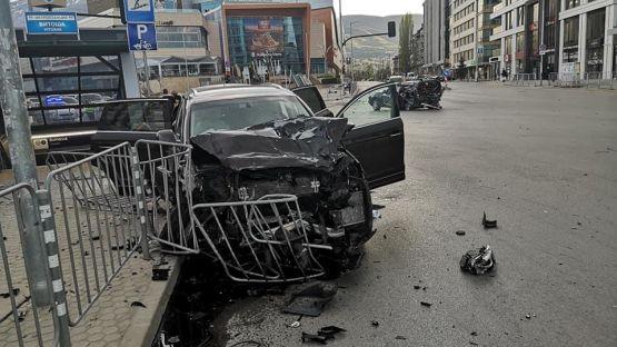 Задържаха майката на дрогирания шофьор, предизвикал катастрофата с Милен Цветков. Третият пътник в колата бил сина на депутата Лъчезар Иванов