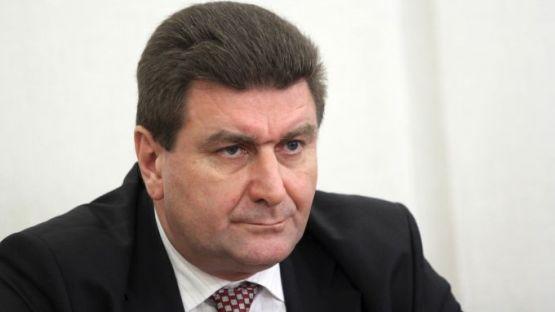 Валентин Златев: Никога не съм участвал в разговор между Нинова и Божков