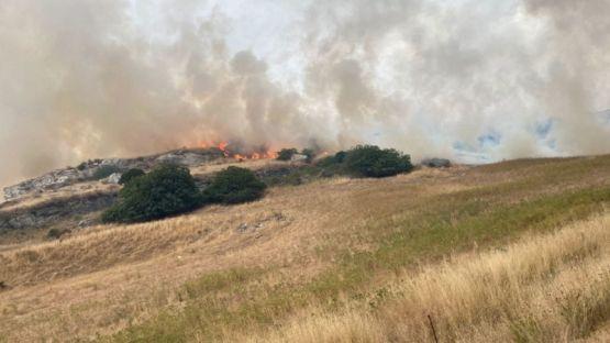 Италия поиска чуждестранна помощ за пожарите в Сардиния