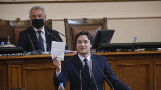 Крум Зарков: Приемането на закони набързо е пряк път към лобизъм и корупция
