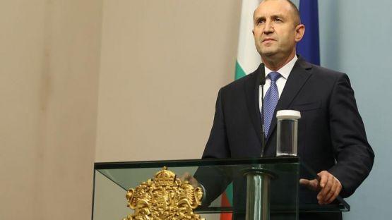Румен Радев; Борбата днес е за всеки българин, затова моят призив е единство и солидарност. Вярвам, че заедно и обединени ще се справим