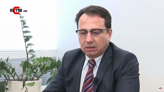 Лява политика с водещ Александър Симов (26-11-2019), интервю с: Юлиан Войнов - експерт