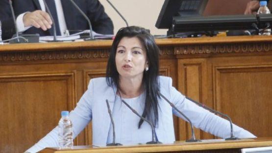 Надя Клисурска: Хвърляте прах в очите на хората с бездействието си по ЗСУ
