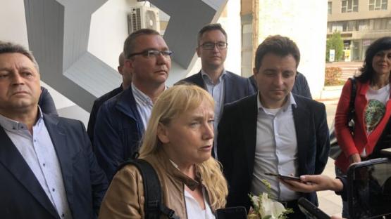 Елена Йончева в Благоевград: Добрата новина е, че бандата на ГЕРБ си отиват