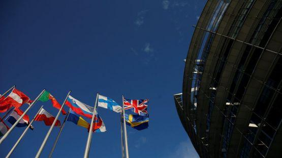 21 страни от ЕС гласуват днес за Европарламент