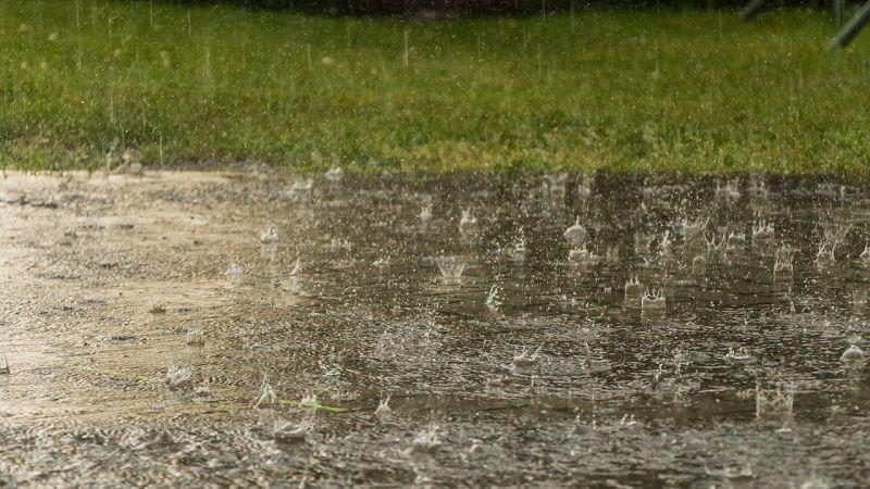 Оранжев код за валежи в 16 области в страната